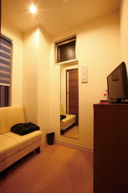 2階の更衣室は、診察や手術前後の待ち時間に個室として利用できる
