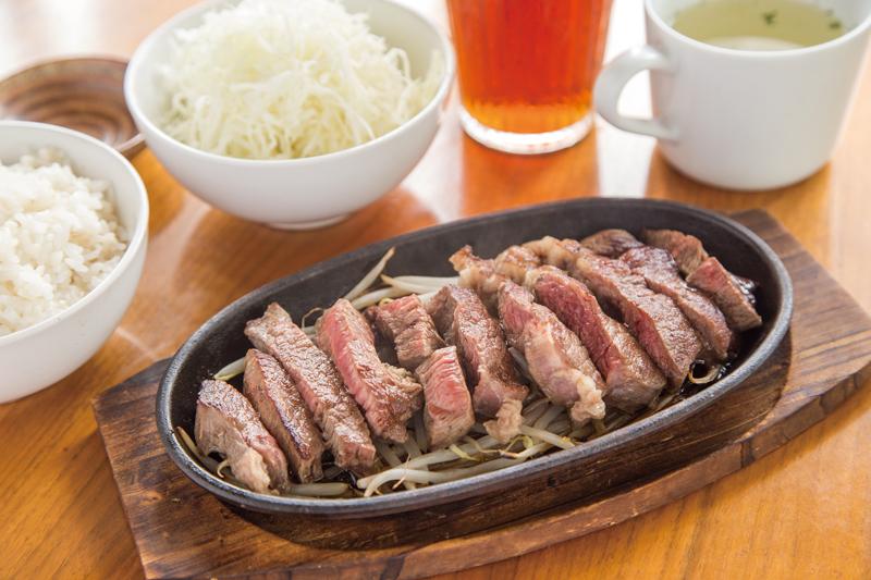 毎月29日には「食べ放題プラン」1人3,500円を開催中。